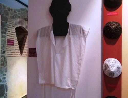 Exposición de kippot en el Museo Judío de Béjar